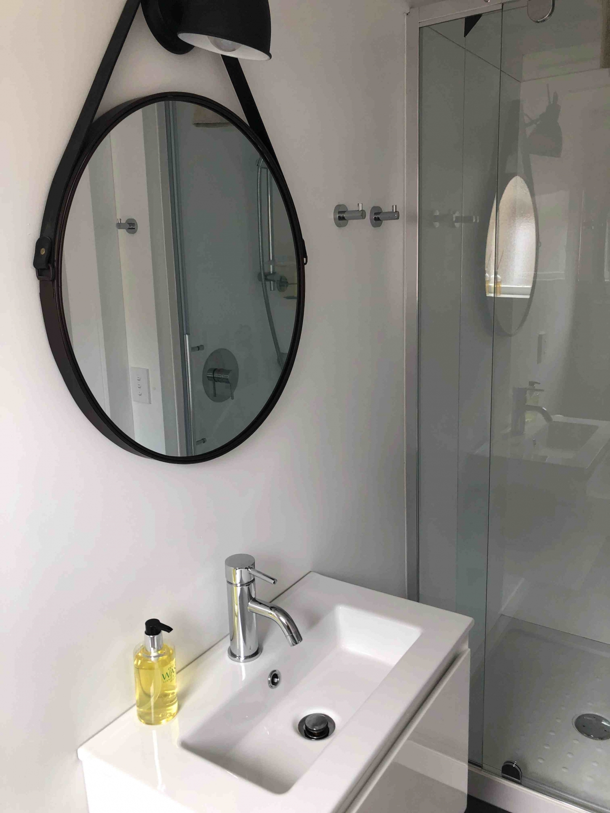 Photo of property: Ensuite bathroom with shower