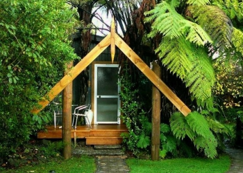 Rainforest Hut